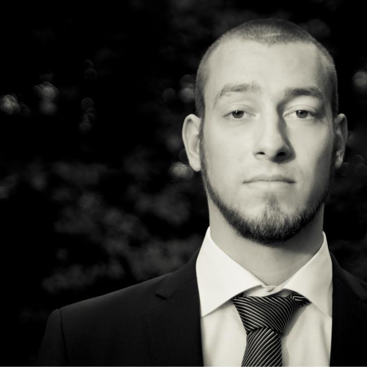 Photo of Jonas Becker